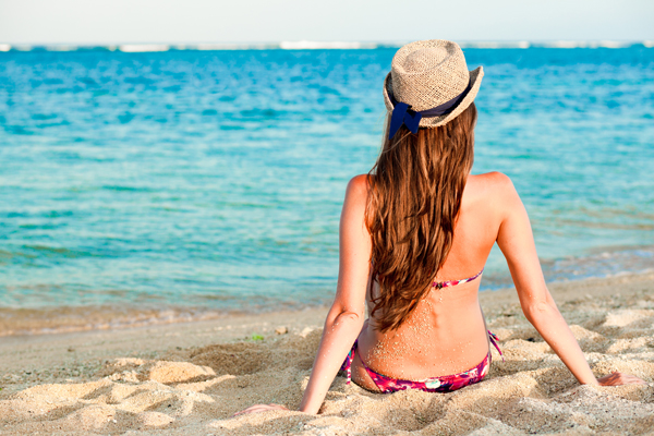 518205-Durante-o-verão-cuidado-com-os-cabelos-devem-ser-redobrados.-Foto-divulgação